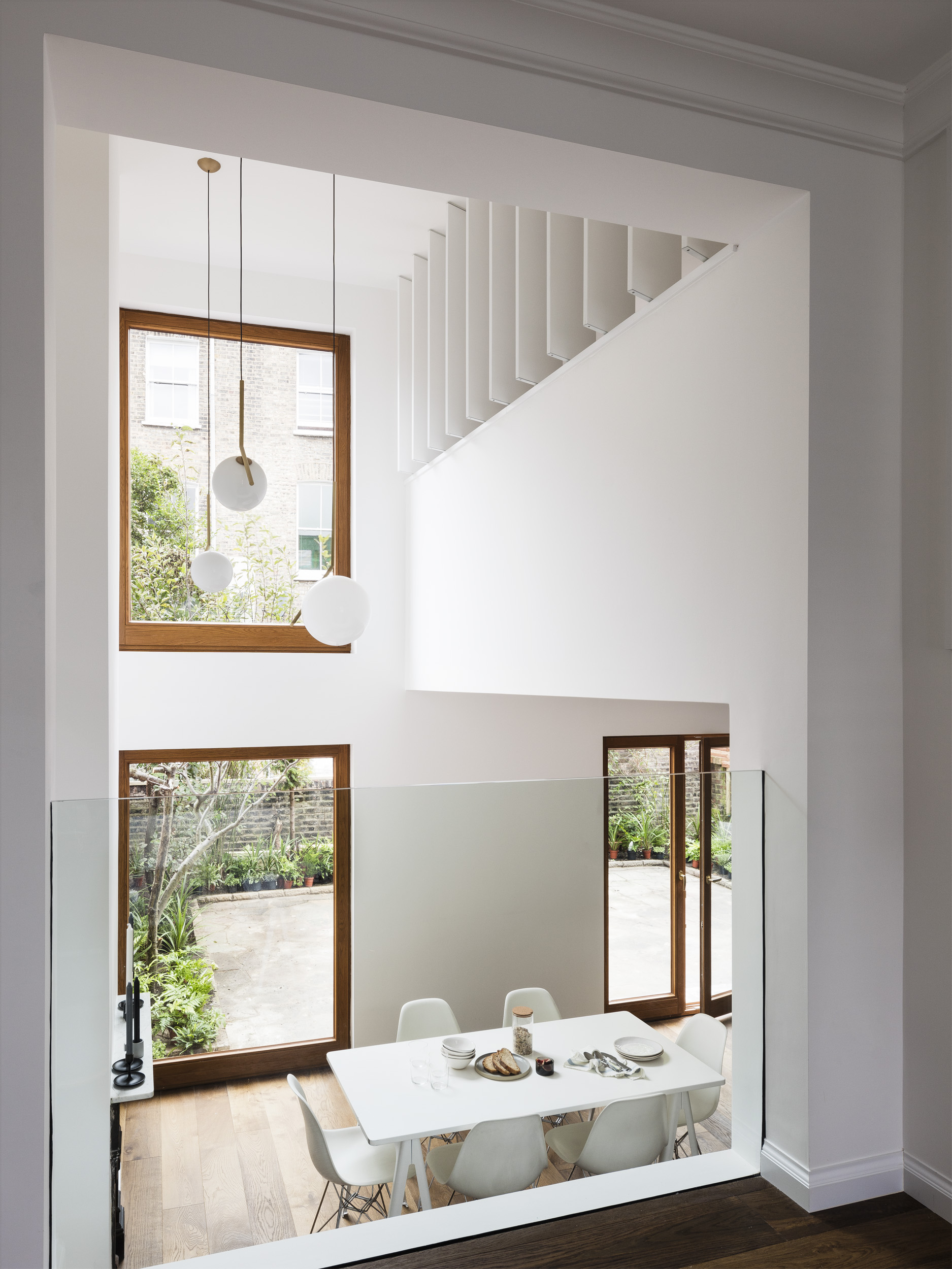 </p> <p>Find your ideal home design pro on designfor-me.com - get matched and see who's interested in your home project. Click image to see more inspiration from our design pros</p> <p>Design by Amos, architect from Islington, London</p> <p>#architecture #homedesign #modernhomes #homeinspiration #minimalistarchitecture #minimalistdecor #minimalistdesign #miminalism #glazing #architecturalglazing #naturallight #doubleheightspace</p> <p>