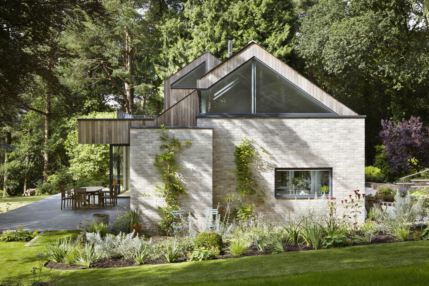 </p> <p>Find your ideal home design pro on designfor-me.com - get matched and see who's interested in your home project. Click image to see more inspiration from our design pros</p> <p>Design by Caspar, architect from Lambeth, London</p> <p>#architecture #homedesign #modernhomes #homeinspiration #timbercladding #selfbuilds #selfbuildinspiration #selfbuildideas #granddesigns </p> <p>