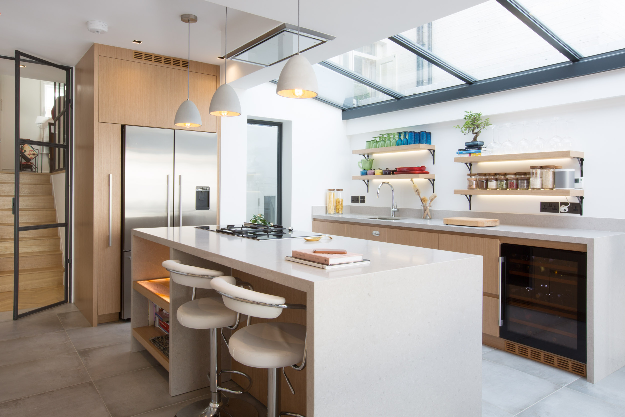 </p> <p>Find your ideal home design pro on designfor-me.com - get matched and see who's interested in your home project. Click image to see more inspiration from our design pros</p> <p>Design by Elcio, architect from Kensington and Chelsea, London</p> <p>#architecture #homedesign #modernhomes #homeinspiration #kitchens #kitchendesign #kitcheninspiration #kitchenideas #kitchengoals #skylights #rooflights </p> <p>