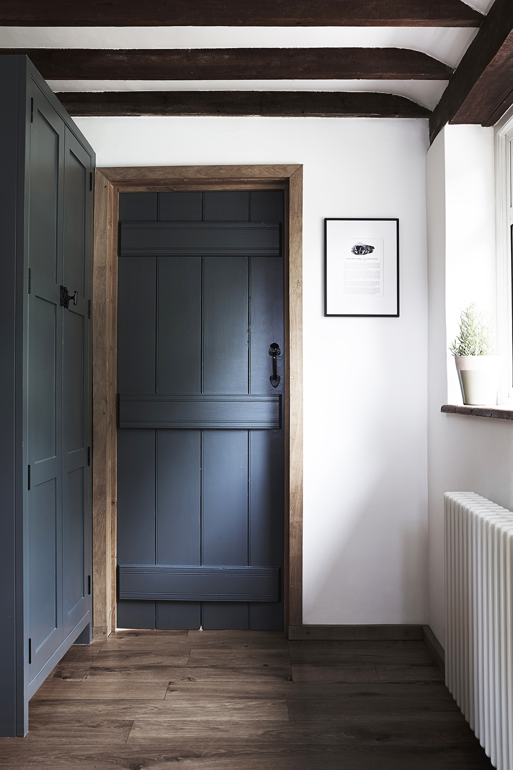 </p> <p>Find your ideal home design pro on designfor-me.com - get matched and see who's interested in your home project. Click image to see more inspiration from our design pros</p> <p>Design by Tamsin, interior designer from East Hampshire, South East</p> <p> #interiordesign #interiors #homedecor #homeinspiration #barnconversions #hallways #hallwaydesign #hallwayinspiration #hallwayideas #hallwaydesignideas #architecturedetails </p> <p>