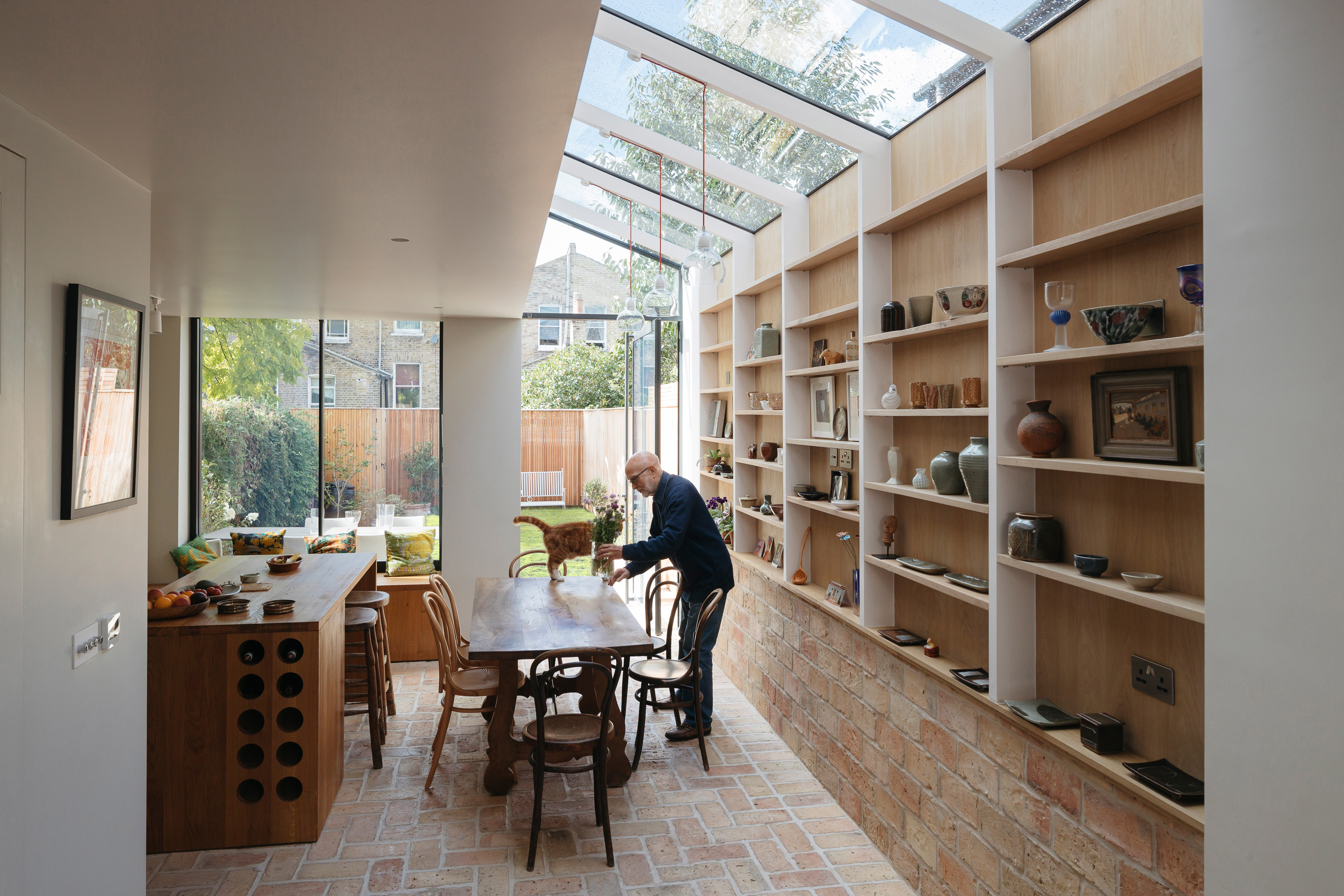 </p> <p>Find your ideal home design pro on designfor-me.com - get matched and see who's interested in your home project. Click image to see more inspiration from our design pros</p> <p>Design by Neil, architect from Islington, London</p> <p>#architecture #homedesign #modernhomes #homeinspiration #sideextensions #sidereturn #sideextensionideas #slidingdoors #skylights #rooflights </p> <p>