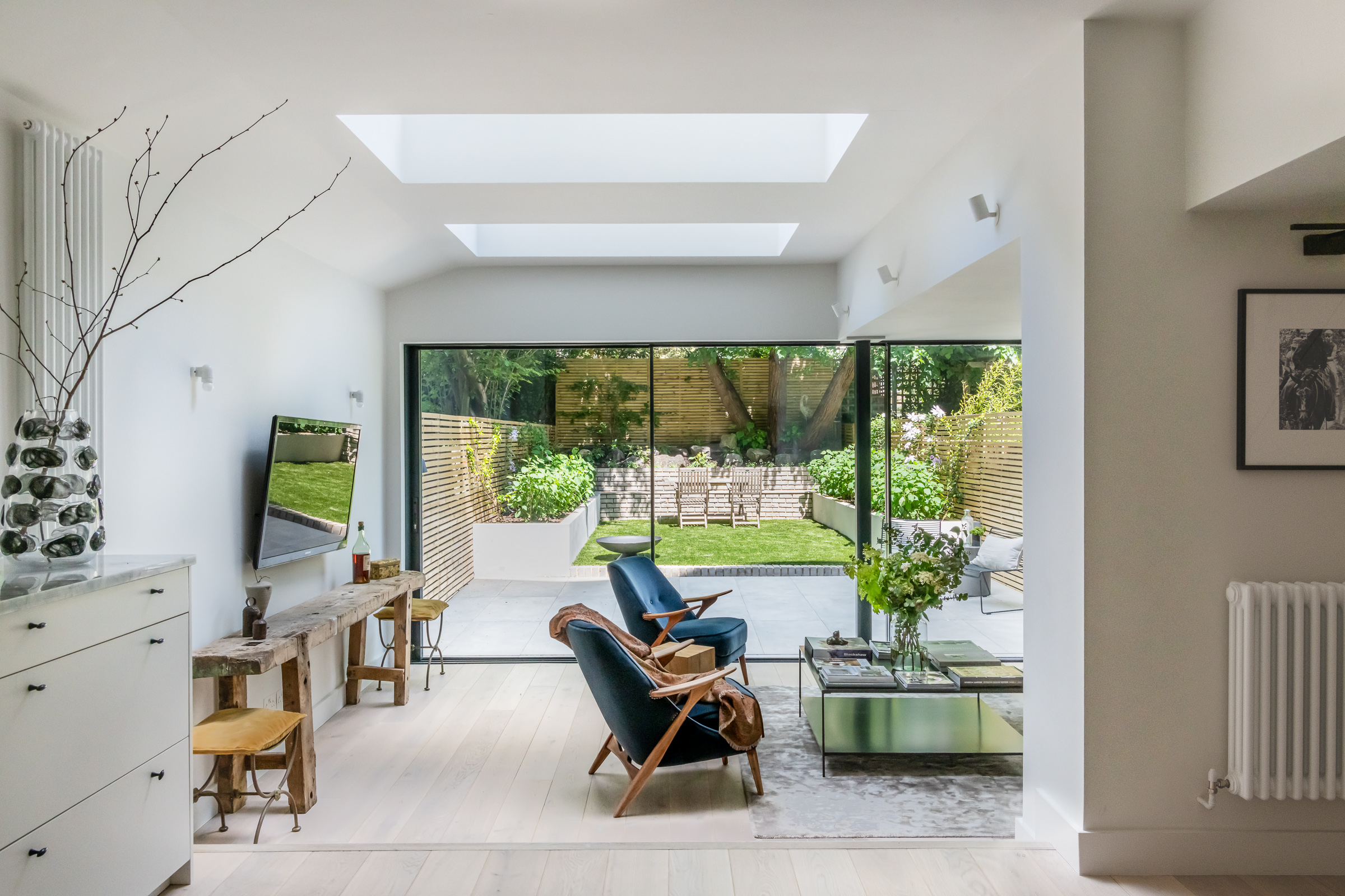 </p> <p>Find your ideal home design pro on designfor-me.com - get matched and see who's interested in your home project. Click image to see more inspiration from our design pros</p> <p>Design by Olivia, architect from Islington, London</p> <p>#architecture #homedesign #modernhomes #homeinspiration #extensions #extensiondesign #extensioninspiration #extensionideas #houseextension #skylights #rooflights </p> <p>